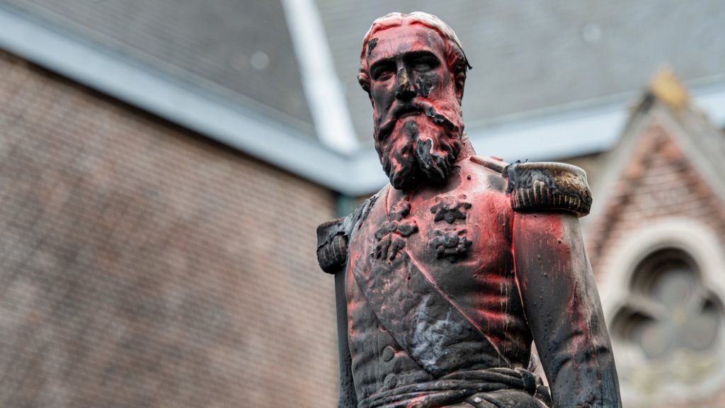 Statue of brutal colonial-era Belgian King Leopold II removed in Antwerp amid protests